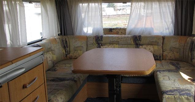 OK Karavany - karavan- Knaus 450 FU - priestor