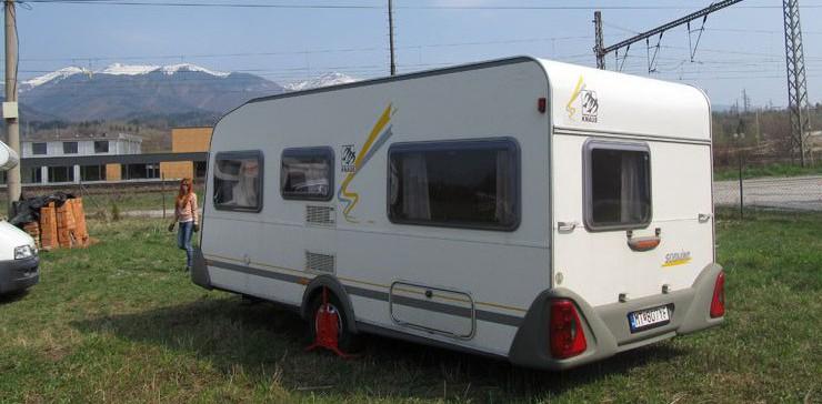 Karavan Knaus 450 FU