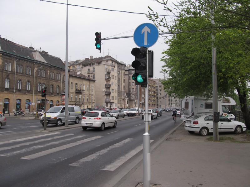 Parkovanie- aj v centre Budapešti nájdete miesta, kde môžete parkovať zdarma.