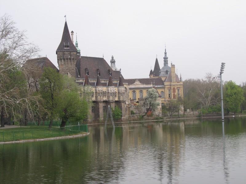Hrad a jazierko v City Parku